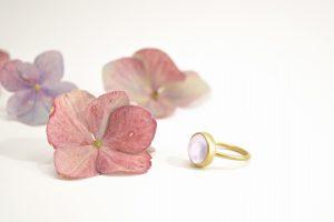 Rosakvarts ring