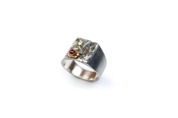 Sølvring med 14 k Guld og Turmalin