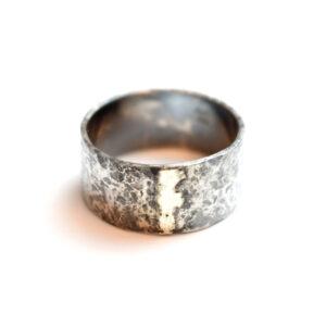 Sølvring med Guldbånd