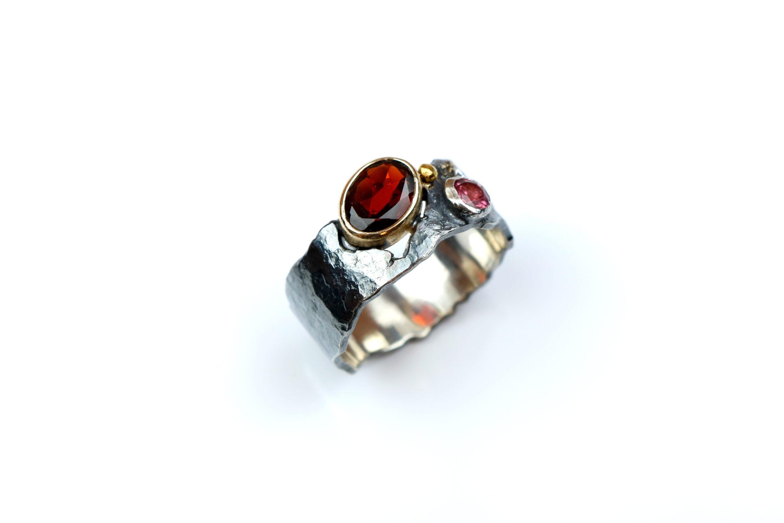 Sølvring med Granat, Rhodolit og Diamant